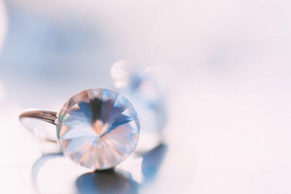 Tampil Elegan dengan 10 Rekomendasi Perhiasan Swarovski yang Berkilau Mewah untuk Mempercantik Tampilanmu
