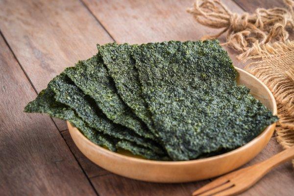 Santap 8 Rekomendasi Snack Rumput Laut yang Enak, Gurih, dan Rendah Kalori Ini (2020)