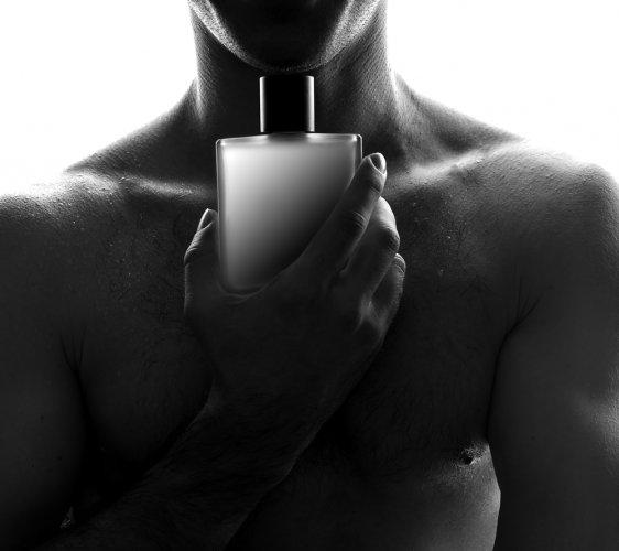 Anda Mau Makin Keren? Coba 10 Pilihan Parfum Pria Yang Tahan Lama Ini Saat Hangout