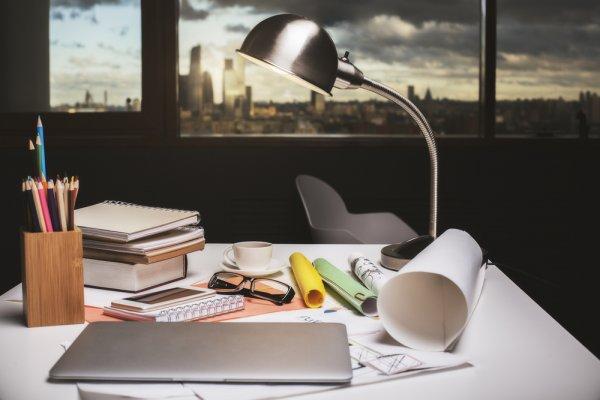 10 Rekomendasi Lampu Belajar yang Pas untuk Mengoptimalkan Hasil Belajar dan Kerja Anda (2020)