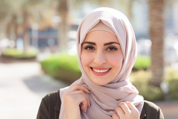 Tampil Syar I Dengan 10 Jilbab Jumbo Yang Nyaman