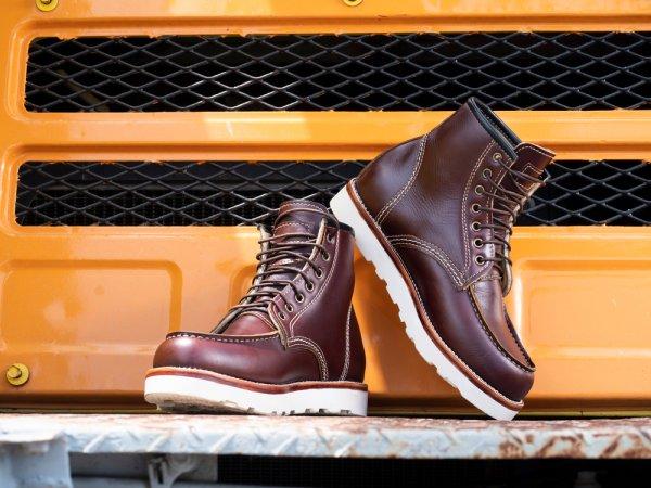 10 Rekomendasi Sepatu Boots Termurah untuk Menunjang Penampilan Menarik para Pria (2021)
