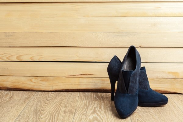 女性に人気のレディースブランド靴ランキング2019!高級靴や履き