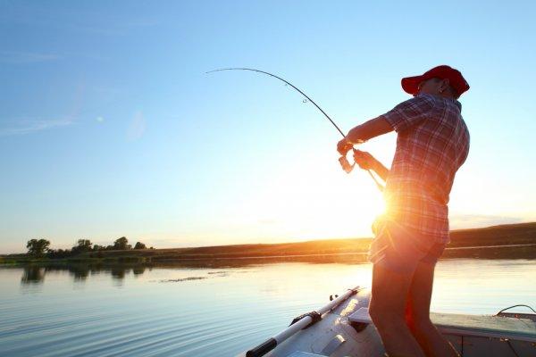 Hasil gambar untuk liburan memancing