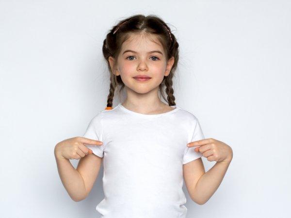 Paduan Memilih Kaos yang Oke untuk Anak Perempuan Beserta 10+ Rekomendasi Produk