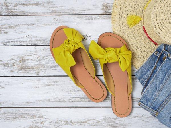 Bikin Kaki Nyaman Melangkah dengan 10 Rekomendasi Sandal Wanita yang Bisa Dibeli di Lazada! (2020)