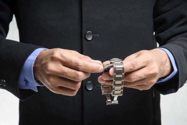 8+ Pilihan Jam Tangan Pria TAG Heuer Asli Untuk Pria Berkelas Yang Stylish