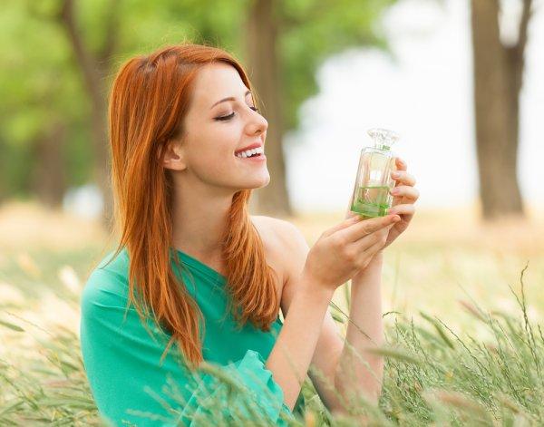 10 Rekomendasi Parfum Wanita Merek Ternama yang Tahan Lama buat Kamu Nongkrong Seharian! (2020)