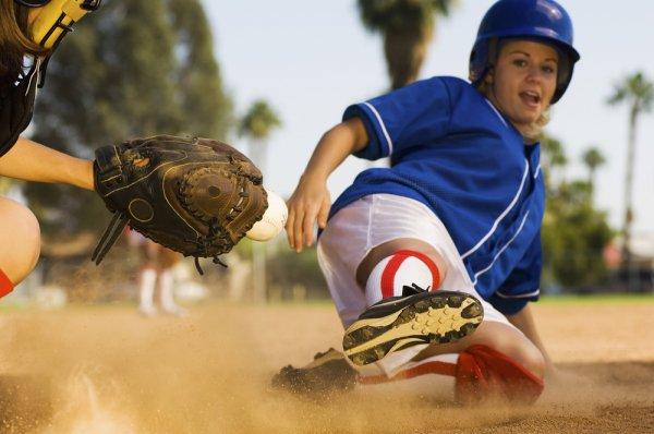 10 Rekomendasi Perlengkapan Softball Ini Penting untuk Menunjang Permainan di Lapangan