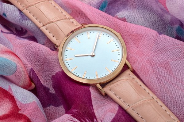 half off bc322 6439a 60代女性人気のレディース腕時計ブランドランキング39選【2019年 ...