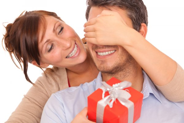 The 10 Best Gifts for Husband: Romantic Surprises and Gifts for Your Darling Hubby (2018)