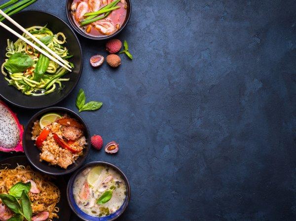 10 Rekomendasi Makanan Thailand Khas yang Wajib Dicoba Saat Bertandang ke Negara Gajah Putih
