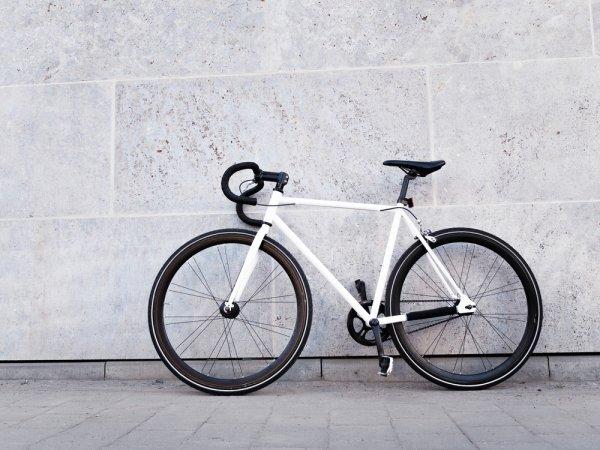 Tips Aman Bersepeda dan 9 Rekomendasi Sepeda Fixie Terbaru