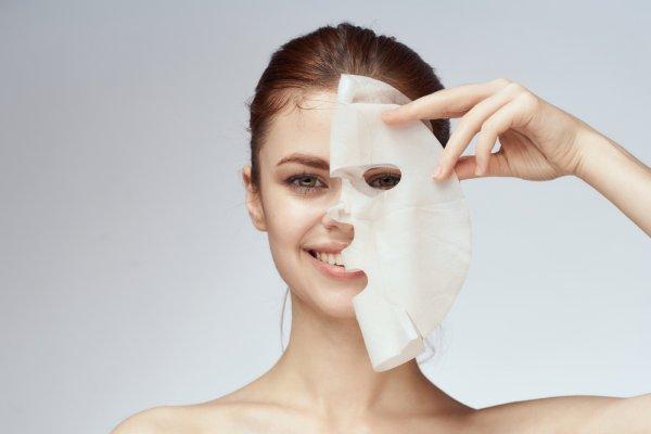 10 Rekomendasi Sheet Mask Murah agar Wajah Makin Glowing (2021)