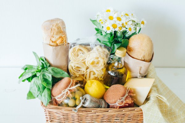 10 món quà đồ ăn tăng sức đề kháng trong thời kỳ đại dịch Covid 19 (năm 2021)
