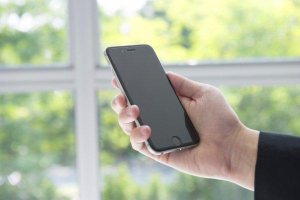 Jangan Cuma Rajin Ganti-ganti Handphone, Miliki juga 10 Rekomendasi Perlengkapan Handphone Ini