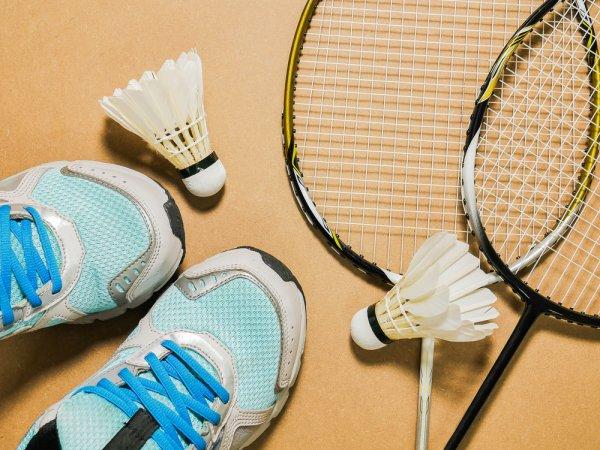 Bermain Badminton Belum Lengkap Tanpa 10 Rekomendasi Sepatu Badminton dari BP-Guide! (2020)