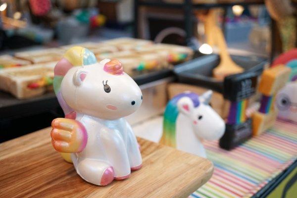 Kamu Penggemar Unicorn? Jangan Melewatkan 10 Koleksi Boneka Unicorn yang Cantik dan Menggemaskan Berikut Ini!
