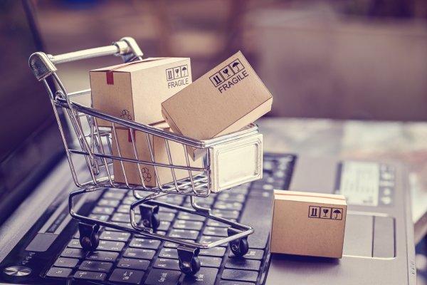 11 Rekomendasi Barang-barang Aneh yang Ternyata Dijual Online, Kamu Pilih yang Mana?