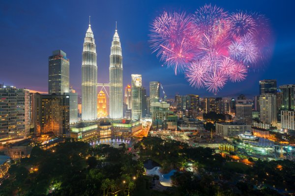 Ayo Ramai-ramai Liburan ke 10 Tempat di Malaysia!