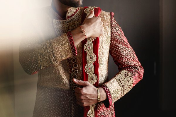 Why Pay a Huge Sum to Buy a Sherwani, When You Can Rent It? Where to Rent a Sherwani in Delhi and 11 Sherwanis You Must Rent (2020)!