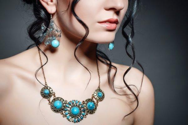 Cantik dan Elegan dengan 10 Rekomendasi Perhiasan Batu Mulia dengan Estetika yang Menawan