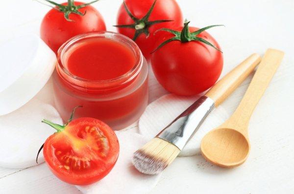 10 Resep Masker Tomat Alami yang Bisa Kamu Buat Sendiri di Rumah ...