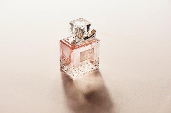 Ingin Parfum Anti Mainstream? Gunakan 10 Rekomendasi Parfum Pramugari dan Pramugara dari Maskapai Garuda Indonesia (2020)