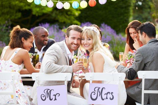 Rayakan Pernikahan Kamu dengan 9 Hiasan Bunga yang Cantik Ini