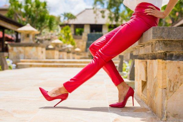 Menarik dan Fashionable, 10 Rekomendasi Celana Wanita Tahun 2018 dan Ragam Model Celana Wanita yang Sedang Tren