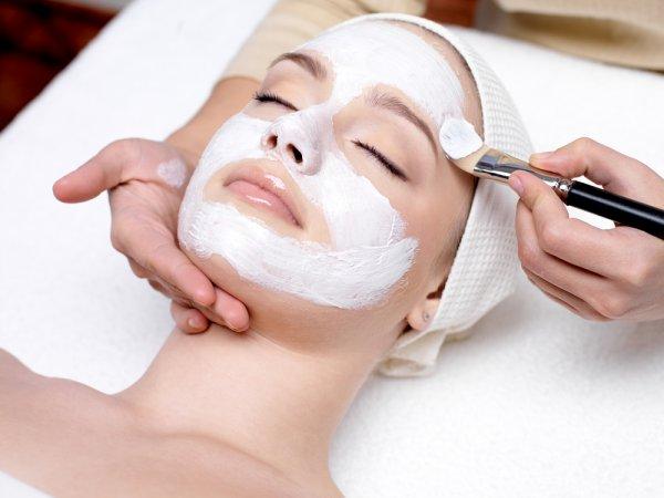 Miliki Kulit Wajah Cantik dan Sehat dengan Perawatan Wajah Alami dan 10 Rekomendasi Produk Berbahan Alami
