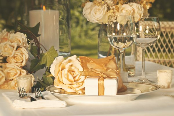 Return Gift Ideas For 50th Wedding Anniversary That Are As Memorable Your Golden