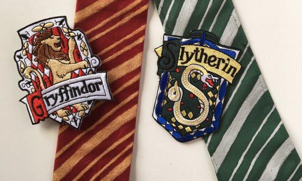 10 Rekomendasi Dasi Khas Harry Potter 2019 yang Bisa Kamu Koleksi, Potterhead Wajib Punya!