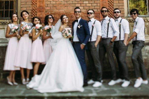 7 Inspirasi Kado Pernikahan Teman yang Menarik dan Meninggalkan Kesan Mendalam