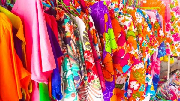 Liburan ke Pantai Paling Enak Pakai Celana Hawai, Ini 9 Rekomendasinya