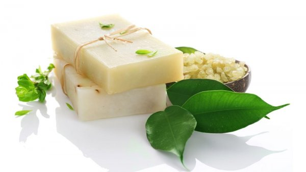 Awali Kecantikan Maksimal dengan 10+ Sabun Herbal yang Aman bagi Kulit Berikut Ini