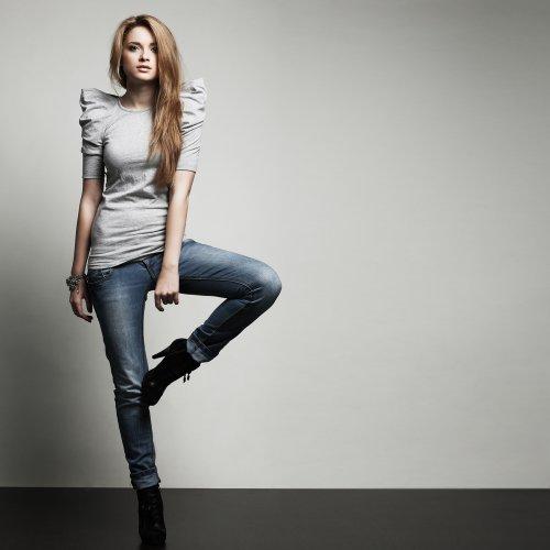 Tips Gaya Kasual Trendi dengan Celana Jeans Levi's dan 6 Celana Jeans Levi's Pilihan!