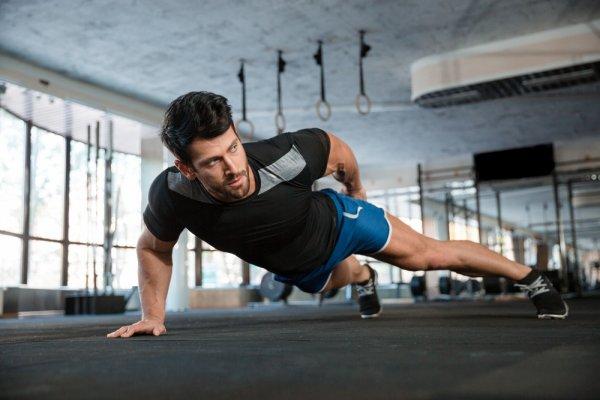 Jangan Ragu untuk Maksimalkan Fitness Anda dengan 10 Baju Fitness Pria Terbaik Ini! (2018)