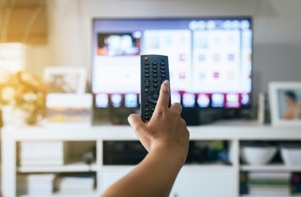 Butuh TV Canggih? Inilah Smart TV Terbaik untuk Anda yang Ngaku Milenial! (2020)