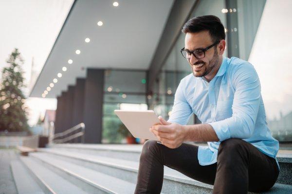 Praktis Tanpa Ribet! Inilah 9 Rekomendasi Tablet Kualitas Terbaik untuk Pekerja agar Semakin Produktif