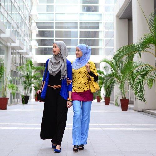 Tips Memilih Baju Wanita Muslim Sesuai Syariah Dan 10 Pilihan Sesuai Budget