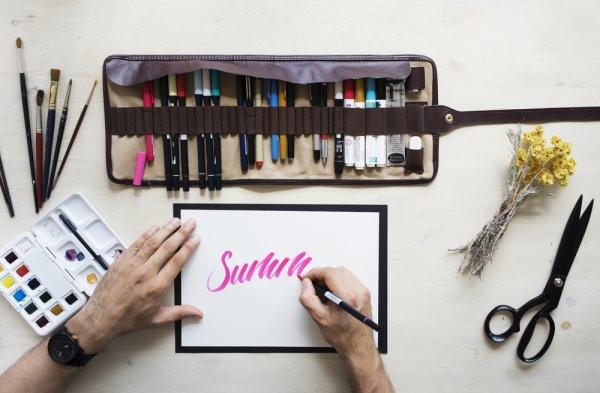 Jatuh Cinta dengan Lettering? Jangan Lupa Gunakan 10 Pen Brush Ini Ya! (2019)