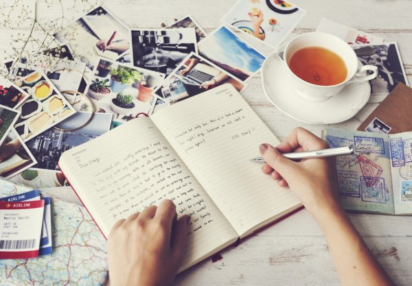 Gemar Menulis Buku Harian? Inilah 10 Rekomendasinya!