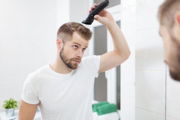 Dapatkan Gaya Rambut Pilihanmu dengan 8 Mesin Cukur Rambut Elektrik yang Praktis Digunakan (2018)