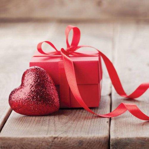 चाहे आप माँ, पिताजी, दादाजी, दादी, बच्चों या किसी और के लिए उपहार तलाश कर रहे हों, हमारे मार्गदर्शक आपको एक उपहार विचार देंगे जिसमे हर उपहार आपको 200 रूपए से कम मिलेंगे !