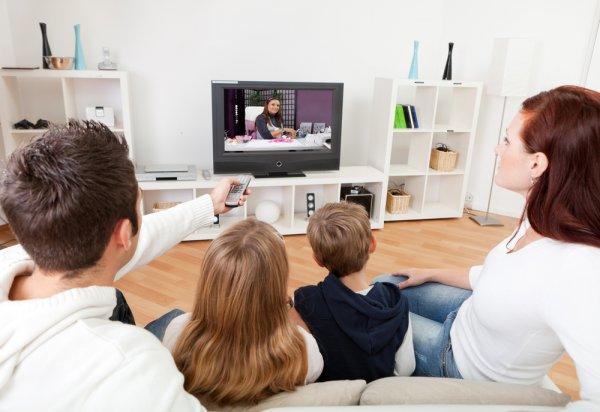 10 Rekomendasi TV Ukuran Mini untuk Ruangan Kecil (2019)