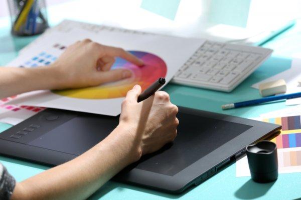 Hobi Menggambar? Berikut 10 Tablet Terbaik untuk Mendukung Hobimu!