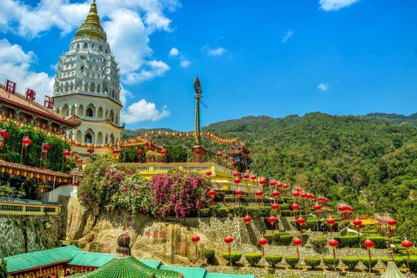 Suka Berbelanja Oleh-oleh, Jangan Lewatkan 10 Rekomendasi Oleh-Oleh dari Penang, Malaysia ini!