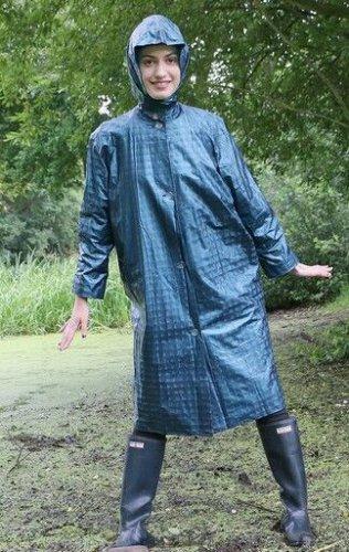 Musim Hujan Tiba! Inilah 10 Rekomendasi Merek yang Memiliki Produk Jas Hujan dengan Kualitas Terbaik