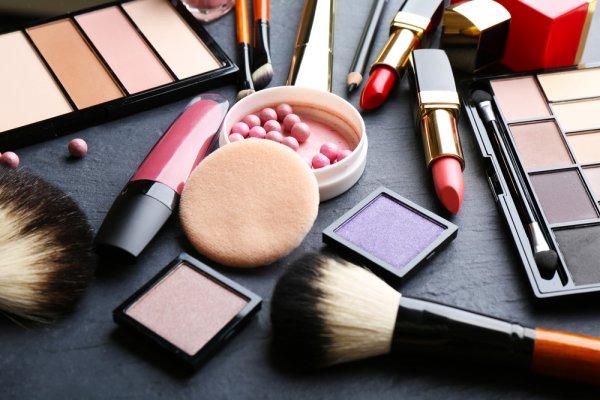 Kamu Wajib Tahu 10 Produk Kosmetik Asli Indonesia yang Keren Abis